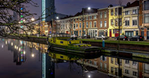 Pictures Netherlands Building Riverboat Waterfront Street lights The Hague Cities