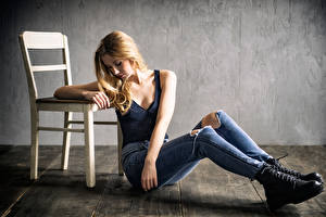 Photo Chairs Blonde girl Sit Jeans Singlet Paula Girls