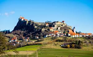 Hintergrundbilder Burg Felder Österreich Hügel Dorf Riegersburg Castle, Styria