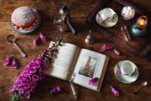 Fondos de escritorio Digitalis Bodegón Velas Pastel Azúcar Taza Cuchara Libro Pétalo Alimentos