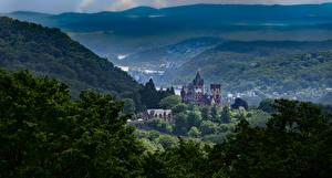 Bakgrunnsbilder Tyskland Borg Fjell Trær Alpene Drachenburg Castle Natur