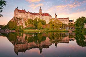 Bakgrunnsbilder Tyskland Elver Elv Borg Klippe Sigmaringen Castle byen
