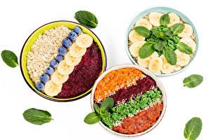 Image Muesli Oatmeal Fruit Vegetables Blueberries Plate Three 3 White background