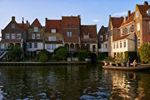 Desktop wallpapers Netherlands Building Marinas Canal Enkhuizen Cities