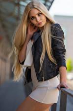 Bilder Blond Mädchen Pose Blick Kleid Jacke Soraya, Miss Germany 2017 Mädchens