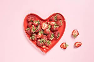 Bilder Erdbeeren Rosa Hintergrund Herz Lebensmittel