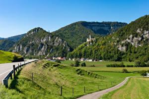Bureaubladachtergronden Zwitserland Bergen Huizen Weg Akker Oensingen, Solothurn Natuur