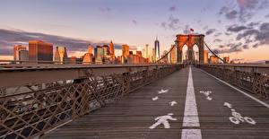 Fotos & Bilder USA Brücken Haus New York City Brooklyn Bridge Städte