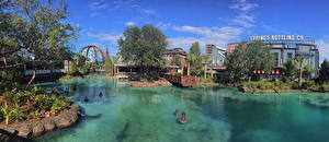 Bilder Vereinigte Staaten Disneyland Park Teich Gebäude Panorama Florida Design Straßenlaterne Walt Disney World Resort Orlando