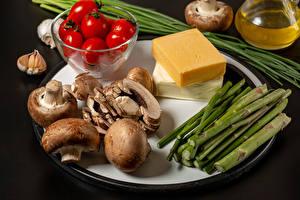 Picture Vegetables Mushrooms Tomatoes Cheese Allium sativum Gray background