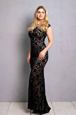 Bakgrunnsbilder Blonde Blond jente Posere Ser Blikk ung kvinne Unge_kvinner