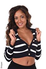 Bakgrundsbilder på skrivbordet iStripper Naomi Victoria Vit bakgrund Brunhårig tjej Ser Leende Händer Urringning Unga_kvinnor