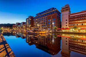 Bureaubladachtergronden België Gebouwen Jacht Kanaal waterweg Waterfront Leuven een stad