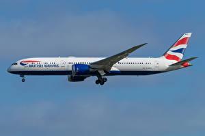 Bakgrundsbilder på skrivbordet Boeing Flygplan Passagerarplan Sidovy 787-9, British Airways