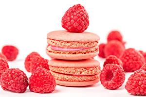 Sfondi desktop Biscotti Il lampone Sfondo bianco Macaron Rosa colore alimento