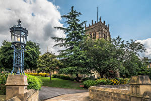 Fotos England Kathedrale Bäume Straßenlaterne Bradford