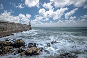 Bureaubladachtergronden Frankrijk De kust Vuurtoren Steen Hemelgewelf Wolken Les Sables-d'Olonne