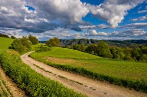 Bakgrunnsbilder Tyskland Åker Vei Landskapsfotografering Skyer Saxony Natur