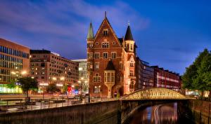 Bakgrunnsbilder Tyskland Hamburg Bygninger En bro Waterfront Byer