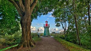 Bakgrunnsbilder Tyskland Fyr Trær Bunthaus lighthouse en by