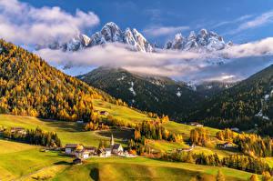 Bilder Italien Gebirge Herbst Landschaftsfotografie Alpen Wolke Ein Tal Dolomites Natur