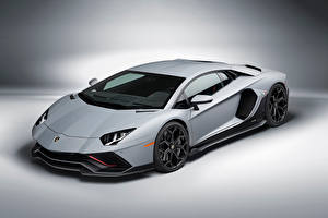 Фото Lamborghini Серый Aventador LP 780-4 Ultimae, (LB834), 2021 Автомобили