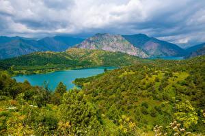 Bilder Gebirge See Landschaftsfotografie Wolke Sary-Chelek Lake, Kyrgyzstan Natur