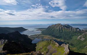 Sfondi desktop Norvegia Isole Lofoten Montagna La costa Nuvole