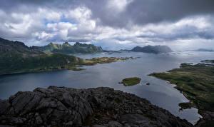Fondos de escritorio Noruega Islas Lofoten Montañas Nube Fiordo Vestpollen
