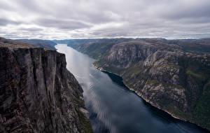 Fonds d'écran Norvège Montagnes Fjord Nuage Kjerag