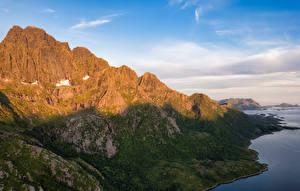 Bureaubladachtergronden Noorwegen Bergen Lofoten Schaduw Rulten peak Natuur