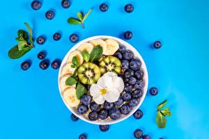 Sfondi desktop Zuppa d\'avena Mirtilli Frutta Kivi Sfondo colorato