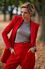 Bureaubladachtergronden Poseren Broek Colbert jas Model Riona Neve jonge vrouw