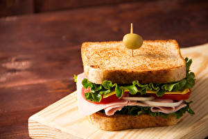 Sfondi desktop Sandwich Pane Olive Salsiccia Verdura