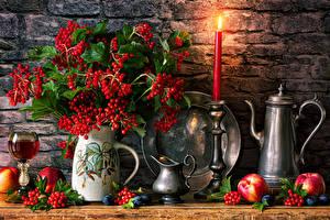 Sfondi desktop Natura morta Candela Le mele Bacche Vaso Bicchiere di vino guelder rose