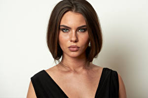Picture Model Makeup Hairstyle Staring Face Tiziana Di Garbo Girls