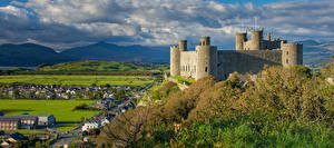 Fondos de escritorio Reino Unido Castillo Montaña Gales Torres Nube Harlech Castle
