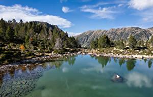 Desktop hintergrundbilder Andorra Berg See Lake Serra Mitjana Natur