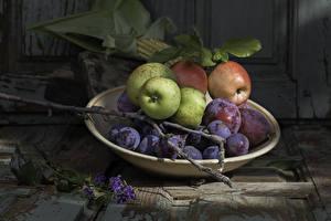 Tapety na pulpit Jabłka Winogrona Śliwka Talerz Gałąź