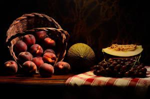 Tapety na pulpit Morela Winogrona Melon Brzoskwinie Koszyk Jedzenie