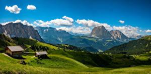 Bakgrundsbilder på skrivbordet Österrike Landskapsfotografering Berg Byggnader Slåtteräng Natur