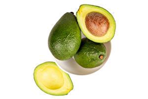 Fotos & Bilder Avocado Großansicht Weißer hintergrund Lebensmittel