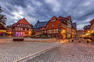 Bakgrunnsbilder Tyskland Bygning Gate Gatelykter Wernigerode, Leaning House