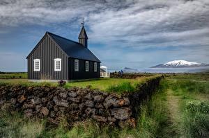 Bakgrundsbilder på skrivbordet Island Kyrka Molnen By Svart  stad