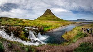 Fotos & Bilder Island Gebirge Panorama Menschen Kirkjufell Natur