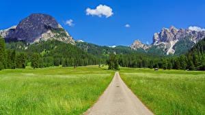 Fonds d'écran Italie Montagnes Routes Champ Photographie de paysage Alpes Trentino-Alto Adige Nature