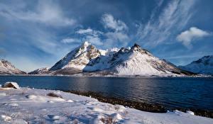 Bakgrundsbilder på skrivbordet Norge Lofoten Berg Molnen Higravstinden