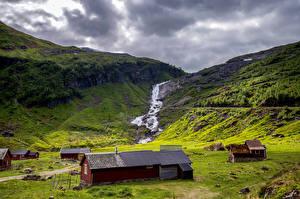 Bakgrundsbilder på skrivbordet Norge Berg Lofoten Molnen Bäck