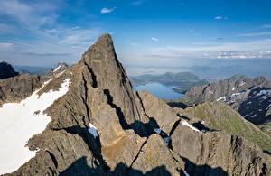 Papéis de parede Noruega Montanhas Lofoten Rocha Geitgallien Naturaleza imagens