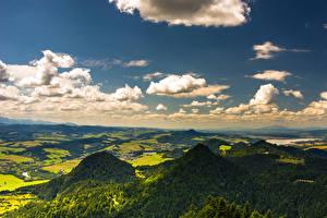 Fonds d'écran Pologne Ciel Montagnes Champ Forêt Nuage Pieniny